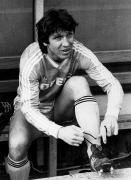 1986/87 Klaus Fischer schnürt die Schuhe für den VfL