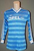 1985/86 Opel 15